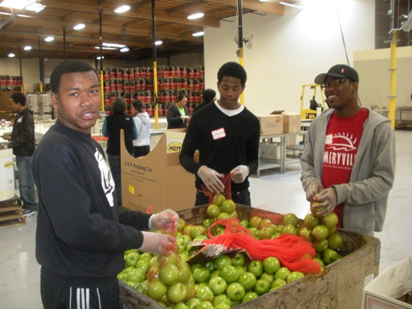 2011-Alameda_County_Community_Food_Bank-29