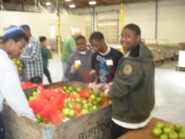 2011-Alameda_County_Community_Food_Bank-31