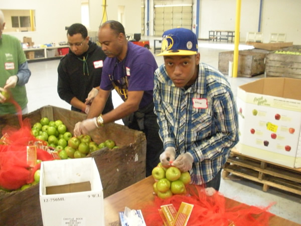 2011-Alameda_County_Community_Food_Bank-32